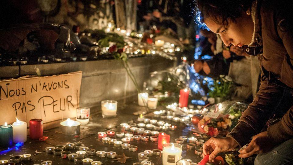 """Terroranschlag in Paris: Vor fünf Jahren überfielen Terroristen das Pariser """"Bataclan"""" – wie geht es den Überlebenden heute?"""