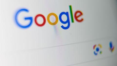 Rund 82 Prozent der Deutschen googelt lieber ein Krankheitssymptom, statt damit zum Arzt zu gehen.