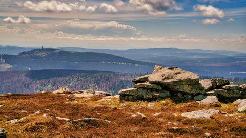 Aussicht vom Brocken über das Harzgebirge
