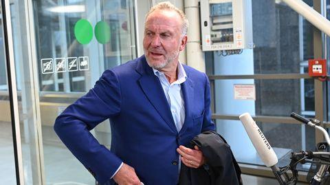 Karl-Heinz-Rummenigge nach dem Treffen der 15 Bundesliga-Klubs am Frankfurter Flughafen
