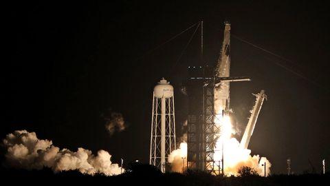 """Die SpaceX-Rakete mit der """"Crew Dragon""""-Kapsel"""