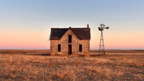 In der Weite der Prärie: In diesem Ende des 19. Jahrhunderts errichtete Gebäude in Kansas wohnte einst der Arzt Dr. William Jones mit Ehefrau und sieben Söhnen.
