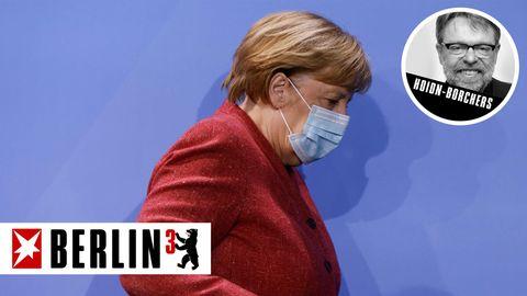Angela Merkel nach der Pressekonferenz in Berlin
