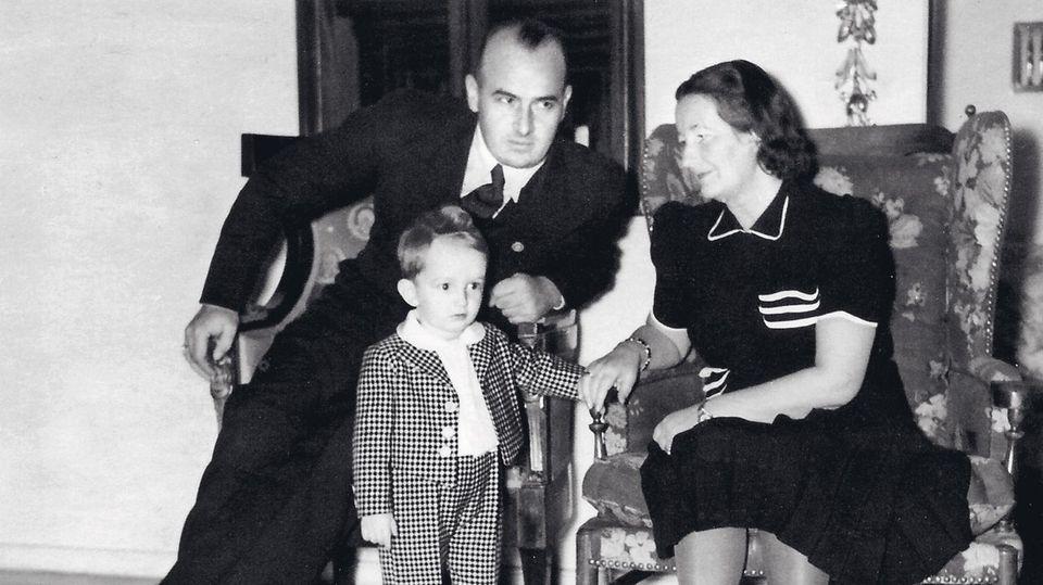 Hans Frank mit Frau Brigitte und Sohn Niklas