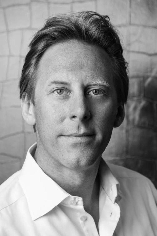 Prof. Dr. Yorck von Borcke  ist Professor für digitale Wirtschaft und Leiter der Media School an der Hochschule Fresenius in Hamburg