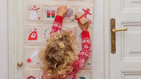 Adventskalender für Kinder verkürzen die Wartezeit bis Weihnachten für die Kleinen der Familie.