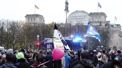 Proteste gegen Corona- Gesetz in Berlin