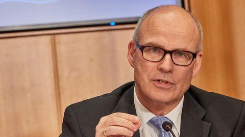 """Der Hamburger Schulsenator Ties Rabeauf der Pressekonferenzzum Thema """"Corona-Daten an Schulen"""""""