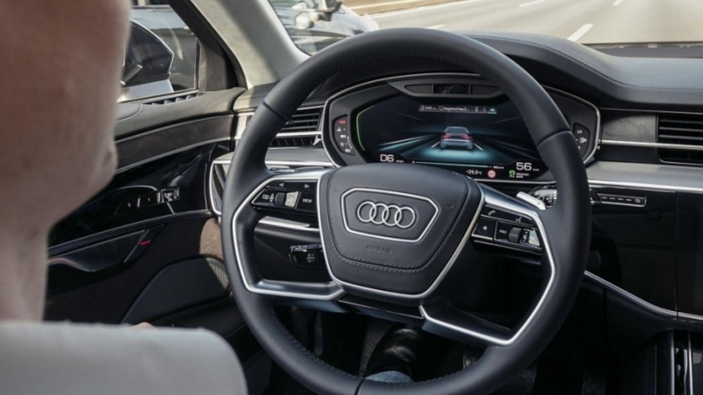Mobilit-t-H-ngepartie-das-autonome-Roboterauto-l-sst-auf-sich-warten