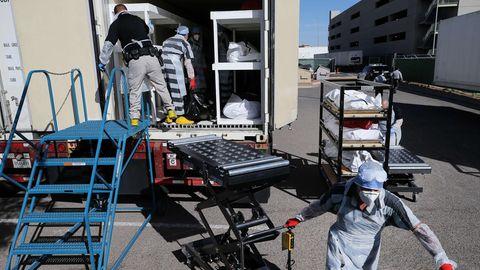 Häftlinge versorgen Corona-Tote im texanischen El Paso