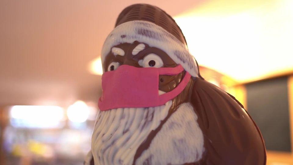 Nikolaus mit Maske sorgt für Aufregung