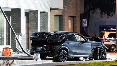 Unfall SUV in Frankfurt/Main