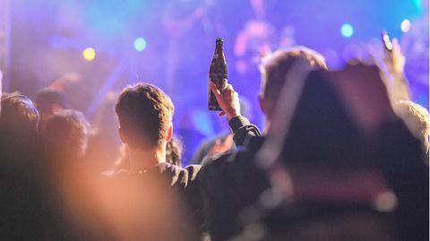 Nachrichten aus Deutschland – Polizei löst Party in Berlin auf