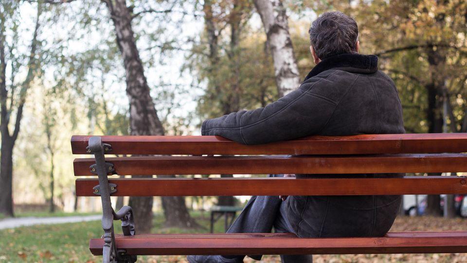 Betroffener erzählt : Er war nicht antriebslos, aber lebensmüde – Depressionen bei Männern verlaufen oft gefährlich anders