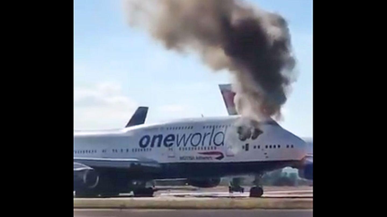 Die brennende Boeing 747-400auf dem Flughafen Castellón