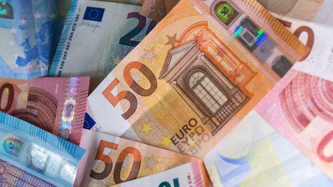 """Bund plant """"Dezemberhilfen"""" für Firmen von 17 Milliarden Euro."""