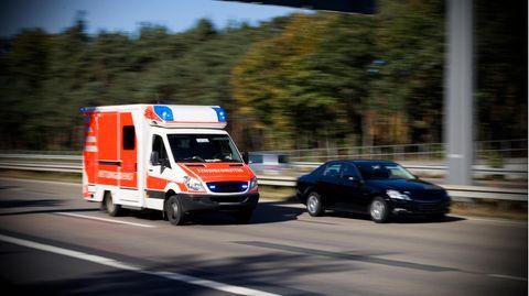 Nachrichten aus Deutschland – Tödlicher Unfall auf der A38 nahe Leipzig