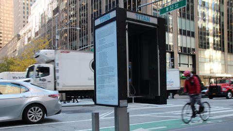 New Yorker Künstler verschönern Telefonzellen