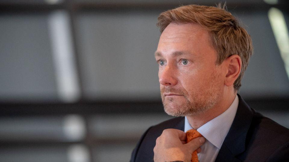 FDP-Chef Christian Lindner warnteindringlich vor neuen Beschränkungen für den Einzelhandel.