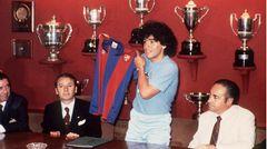 1982 wechselte er von den Bocca Juniors nach Europa zum FC Barcelona. Sein Trainer dort war ...