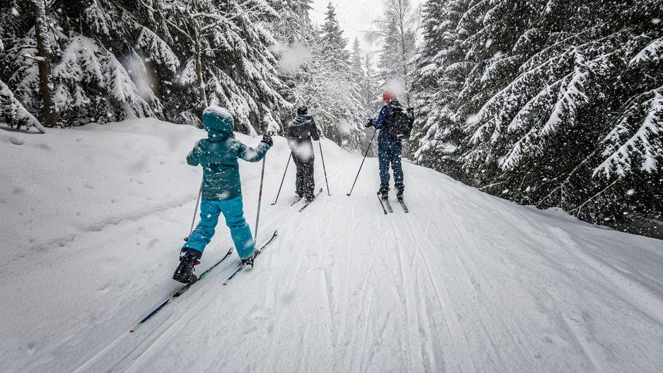 Corona-Beschlüsse: Ist Ski-Urlaub möglich? Ein Tag am Meer? Und was bringen die Regeln? Alles, was Sie jetzt wissen müssen