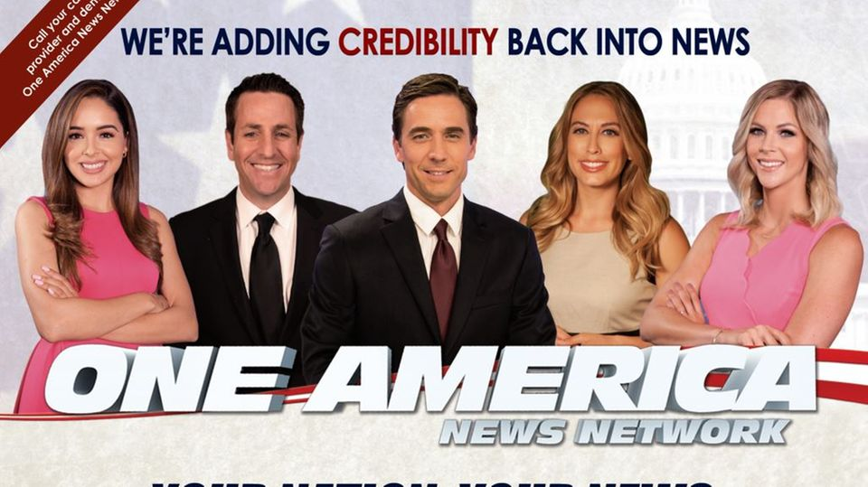 Werbung von One America News Network (OAN), einem der Lieblingssender von Donald Trump, gegen den Youtubevorgeht