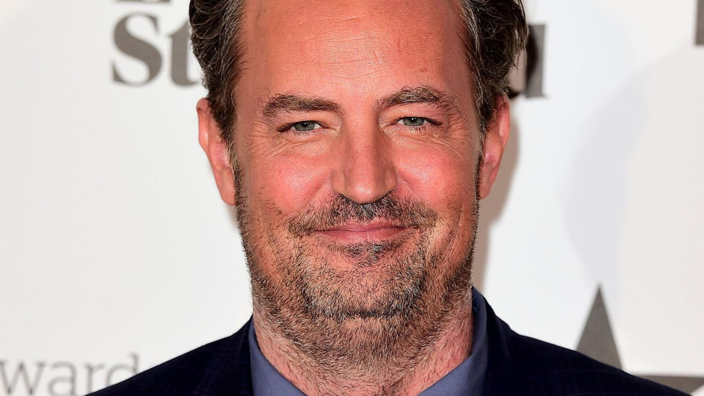 "Vip News: ""Friends""-Star Matthew Perry hat sich verlobt"