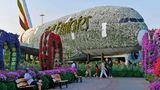 Ein echter Hingucker: Der mit 500.000 Blumen bepflanzte Airbus A380. Wegen der heißen Sommertemperaturen öffnet der Park jedes Jahr erst im November.