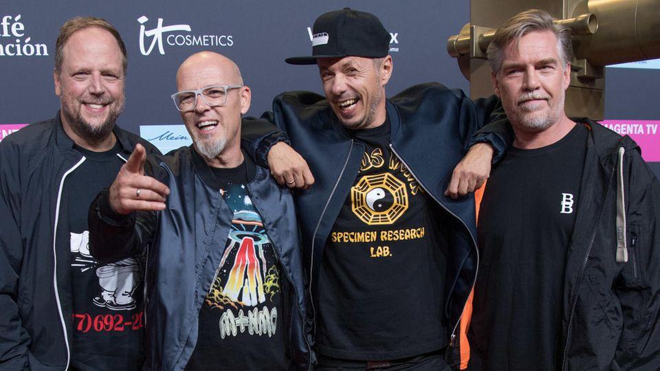 Neue Corona-App Luca: Smudo (links) und Michi Beck (Zweiter von rechts) haben die App Luca mitentwickelt.