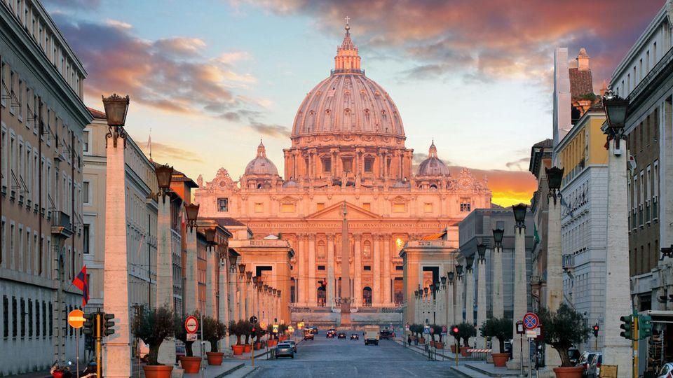Religion: Frierende Mönche und ein genialer Erfinder – die Geschichte der Bibel