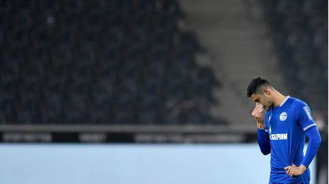 Schalkes Ozan Kabak beim 1:4 in Mönchengladbach