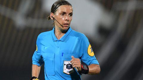 Stephanie Frappart gilt als eine der besten Schiedsrichterinnen weltweit