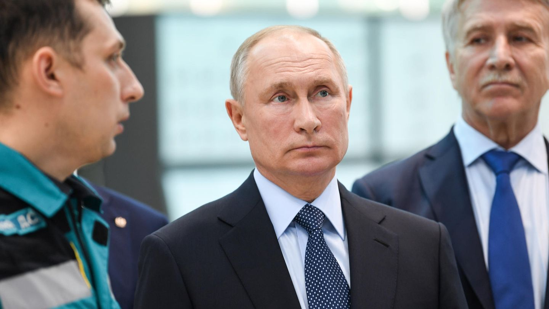 Rätselraten in Russland : Schwere Erkrankung oder kaltes Polit-Kalkül? Was die Gerüchte um Wladimir Putins Gesundheitszustand bedeuten