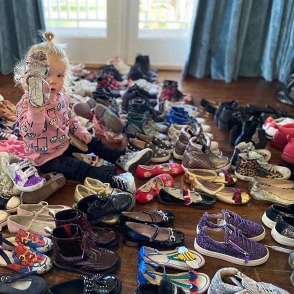 Vip News: Kritik an Jessica Simpson: Ihre Kinder haben zu viele Schuhe