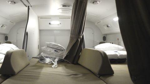 So sieht es in den geheimen Schlafkabinen der Flugzeug-Crews aus.