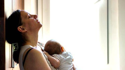 Postpartale Depression: Ein Kind, das größte Glück? Wie eine junge Mutter nach der Geburt an einer Depression litt