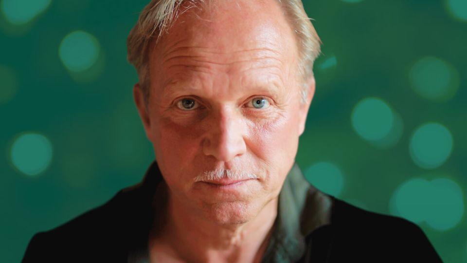 Gewinnen Sie Weihnachten 2020 mit ...: Ulrich Tukur