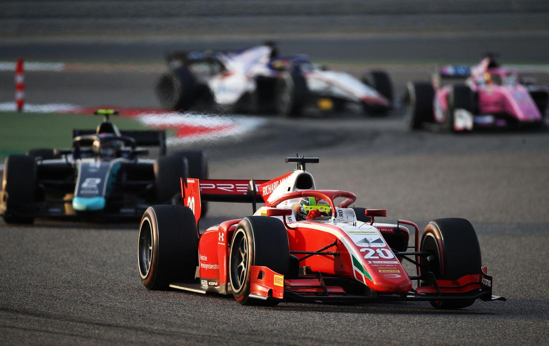 MickSchumacher gelang in Bahrain eine Aufholjagd, die ihm demTitel in der Formel 2 näher brachte