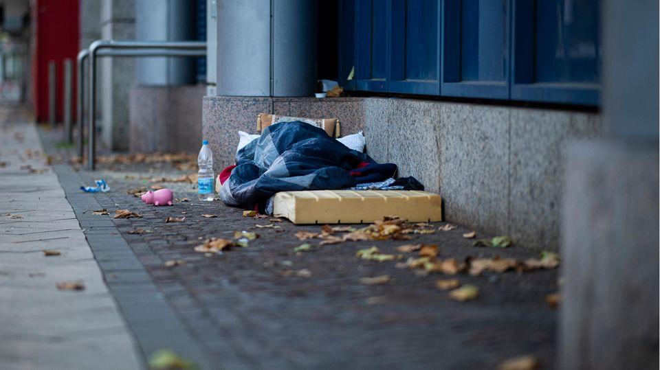 Nachrichten Deutschland - Obdachloser Köln