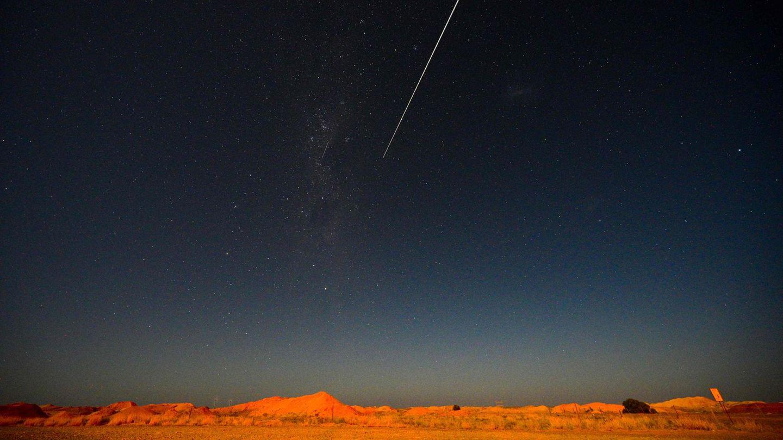 Der große Moment in der Wüste Südaustraliens: Die Kapsel tritt in die Erdatmosphäre ein.