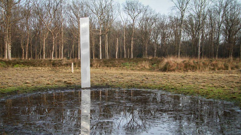 Am Wochenende war eine Metallsäule in den Niederlanden aufgetaucht (im Foto), nun auch eine ähnliche in Hessen
