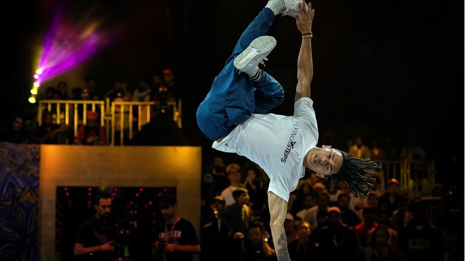 Kopfdrehung und waghalsige Sprünge im TV: Breakdance wird olympisch