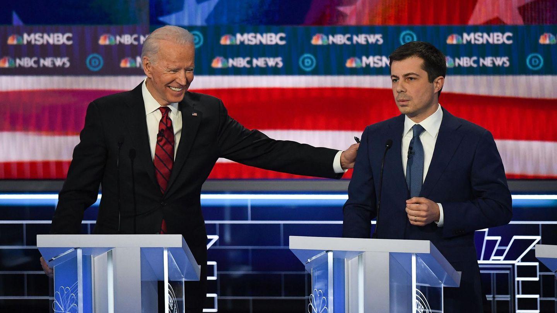 Der gewählte US-Präsident Joe Biden (l.) und sein einstiger Mitbewerber um die Präsidentschaft Pete Buttigieg