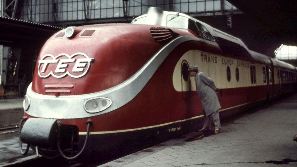 Der Triebkopf des legendären Trans-Europ-Express: Der TEE der Baureihe 601 war ab der späten 50er Jahre bis 1988im Einsatz.