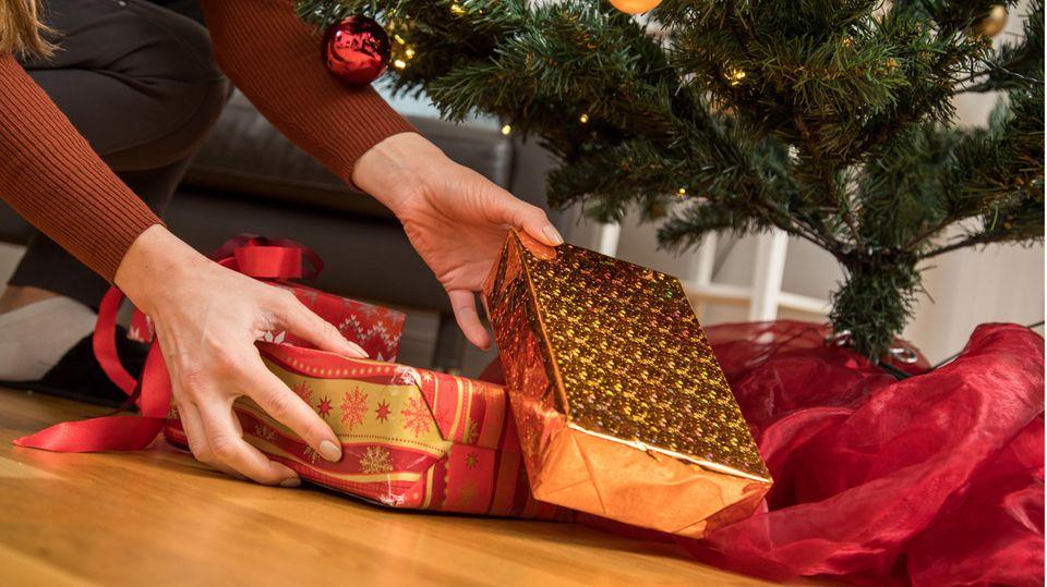 Übertragen Weihnachtsgeschenke Viren?