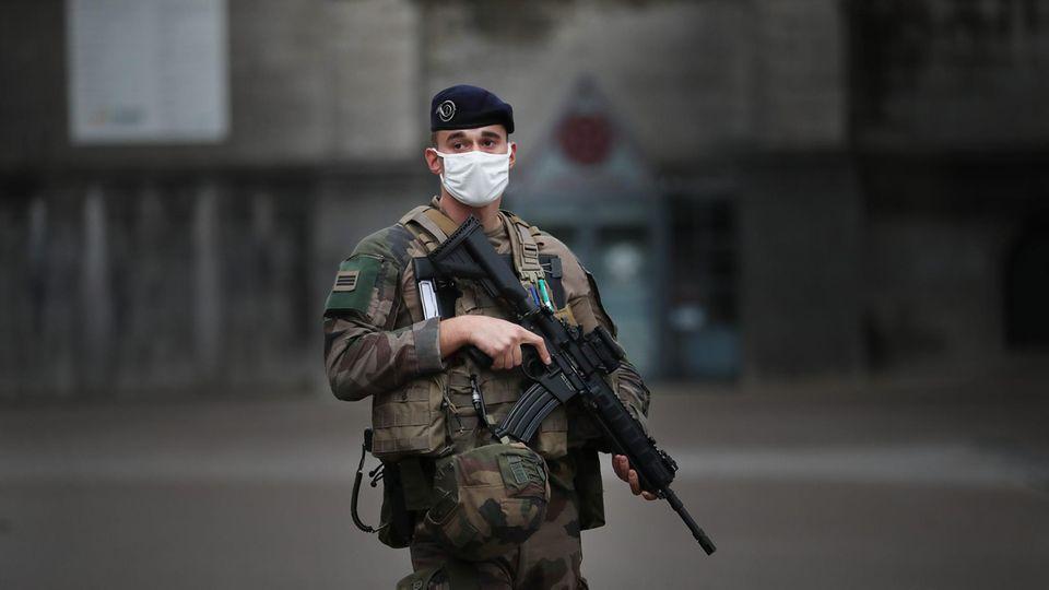 Aufnahme eines franzsösischen Soldaten