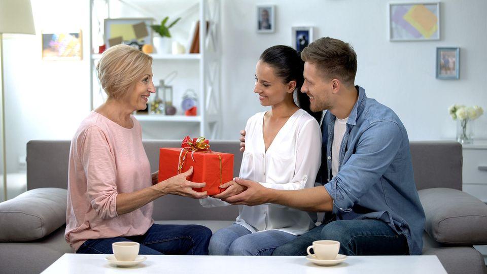 Ein Geschenk für die Schwiegermutter