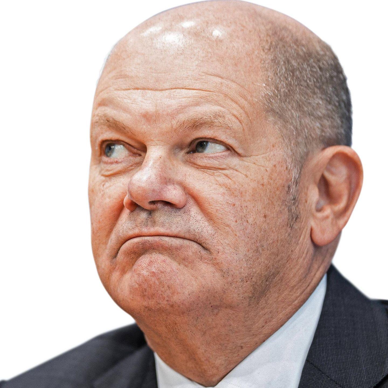 Olaf Scholf während einer Pressekonferenz zum Thema Neue-Corona-Hilfen