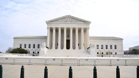 Außenansicht des US Supreme Courts in Washington D.C.