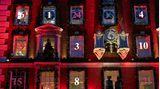 London: Der Countdown läuft  Zu einem überdimensionalen Adventskalender hat sich die Fassade des Kaufhauses Fortnum and Mason verwandelt.